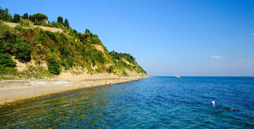 Strand von Fiesa in Slowenien