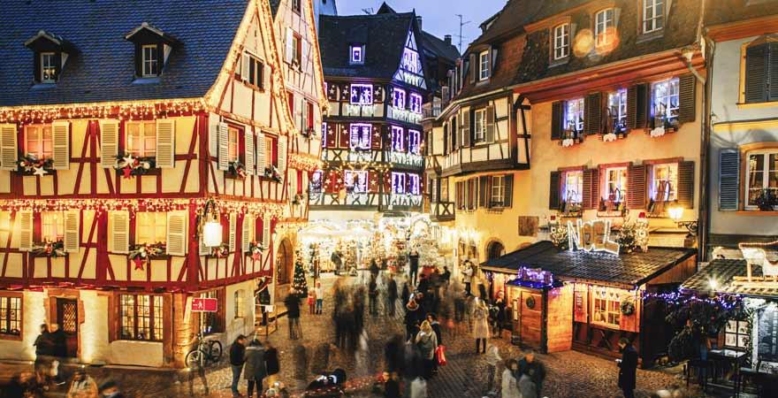 Weihnachtsmarkt in Colmar im Elsass in Frankreich