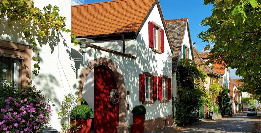 Theresienstraße Rhodt an der Südlichen Weinstraße in der Pfalz
