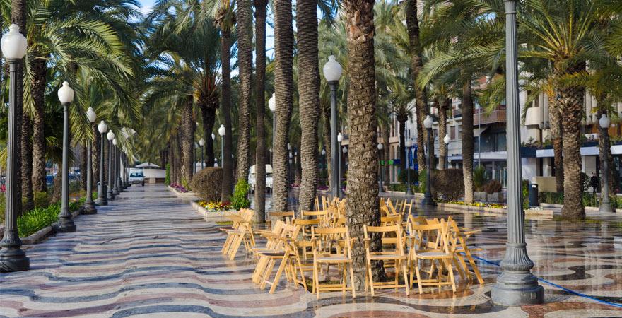 La Explanada de Espana in Alicante