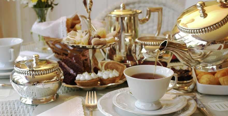 Stylishes Gedeck für Afternoon Tea