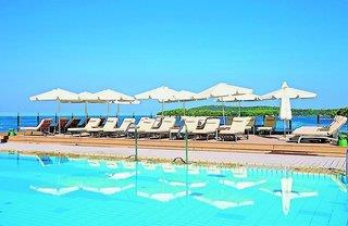 Splendid Golden Rocks Resort