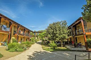 Canado Club Family Village - Hotel & Residence