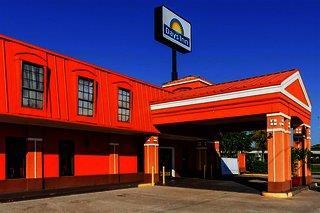 Days Inn New Orleans East