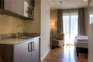 Mondrian Suites Hotel