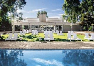 Ayers Rock Resort - Desert Gardens Hotel