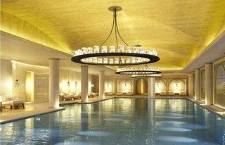 Emerald Palace Kempinski Hotel