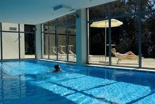 Crvena Luka Hotel & Resort