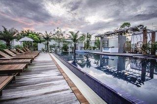 Long Set Resort
