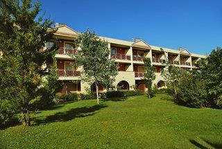 Akiris Hotel & Residence