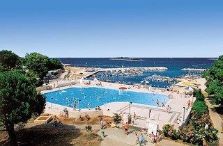 Zelena Laguna Resort - Apartments Astra