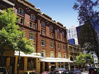 Base Backpackers Sydney