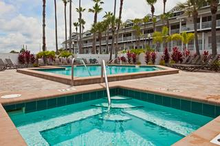 Holiday Inn & Suites Clearwater Beach S-Harbourside