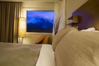 The Juniper Hotel & Bistro