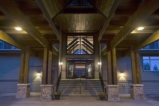 Palliser Lodge