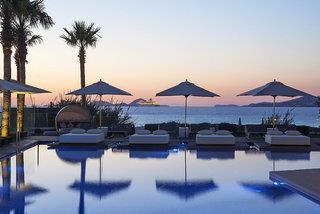 Aqua Blu Hotel & Spa