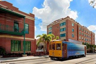 Hampton Inn & Suites Tampa / Ybor City / Downtown