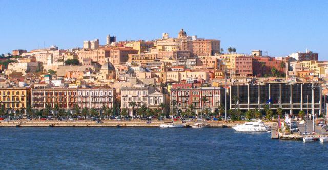 Die beste Reisezeit für Sardinien erfahren Sie hier bei 5vorflug.de!