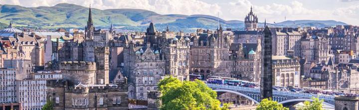 Edinburgh Städtereisen für jedes Budget (inkl. Flug)