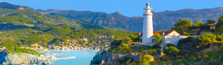 Mandelblüte auf Mallorca Port de Soller
