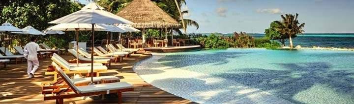 Traumhafter Pool im Lux Maldives